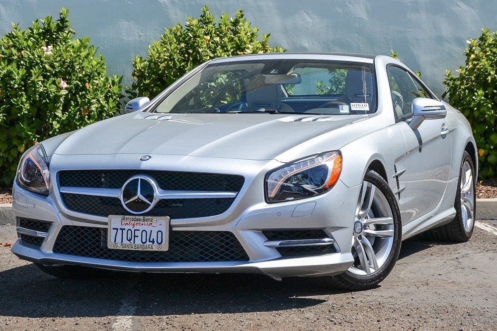 Pre-Owned 2016 Mercedes-Benz SL SL 550
